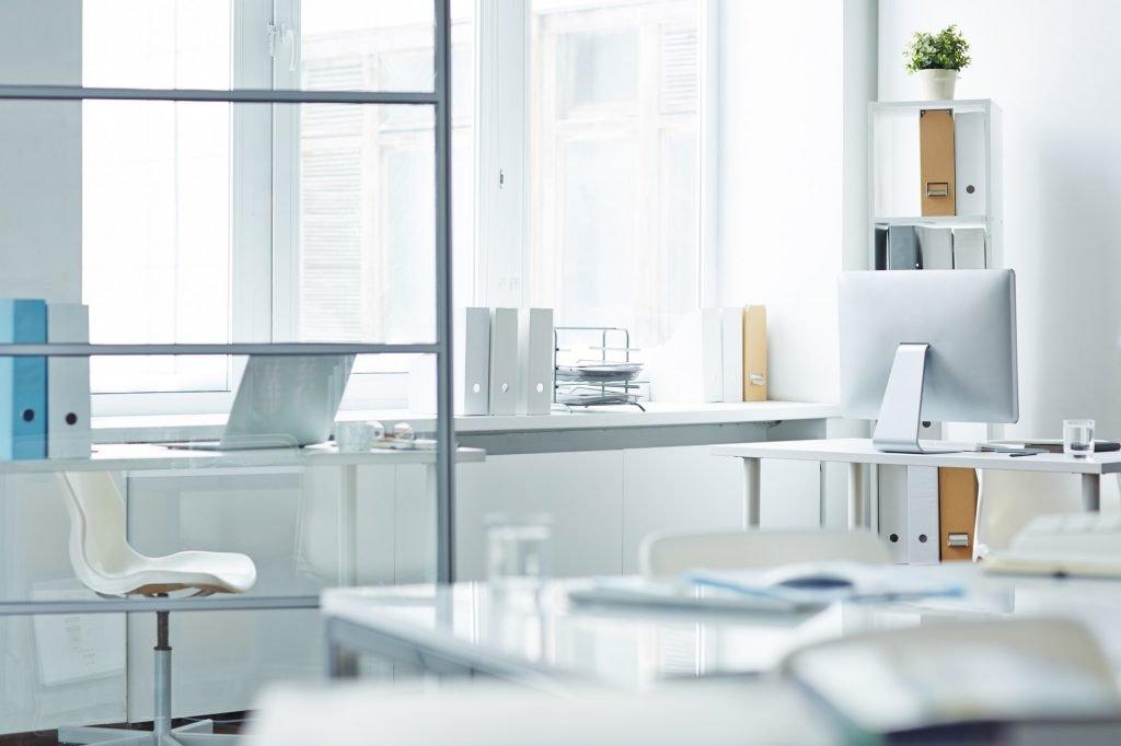 Divisiones Oficinas Empty office