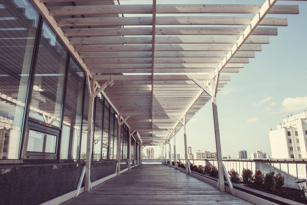 Cerramiento terraza exterior con aluminio, cristal